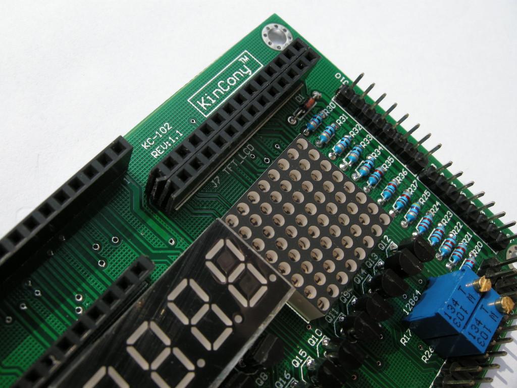 j8:tft彩色液晶显示屏所有引脚.